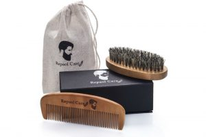 Repsol Care- Beard Brush and Comb Kit II Review